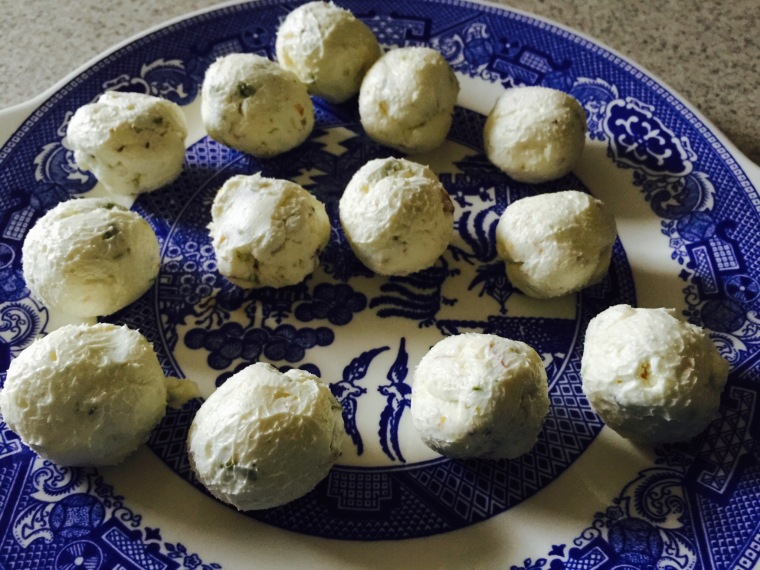 After being in the fridge for one hour, roll into balls and keep in freezer. So good! The carb count will depend on how many nuts you use as it's the only thing with carbs.